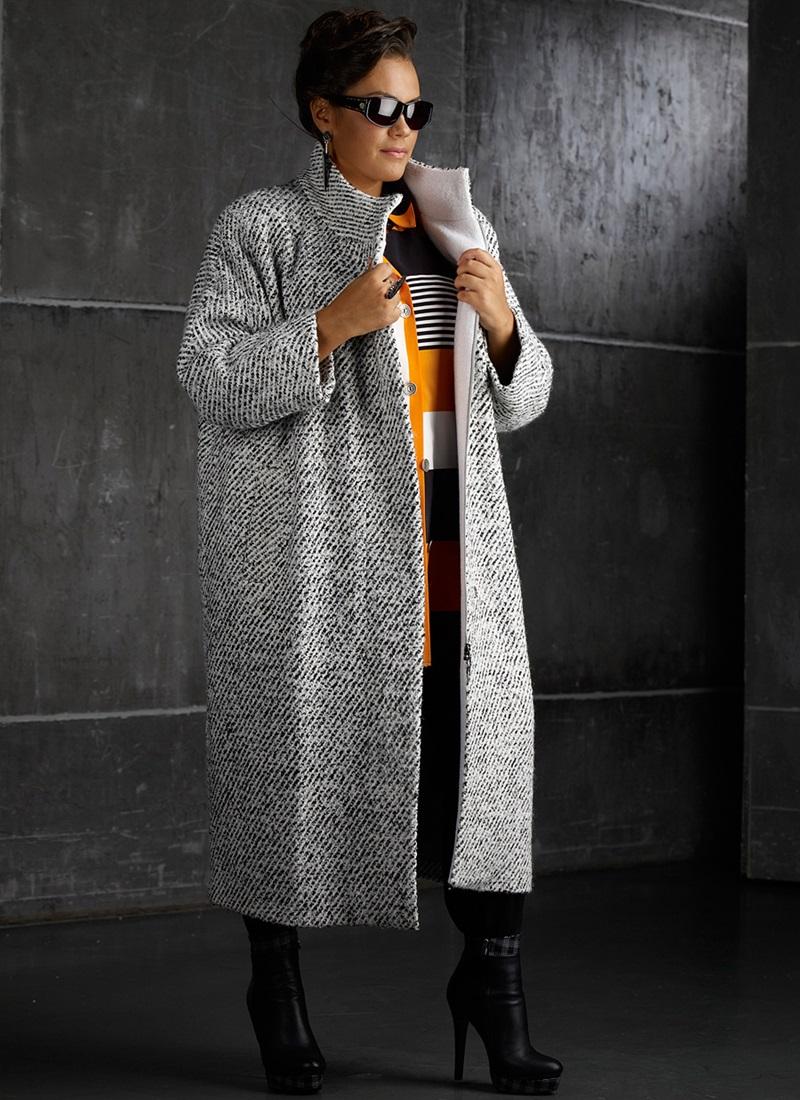 Демисезонное пальто для полных женщин