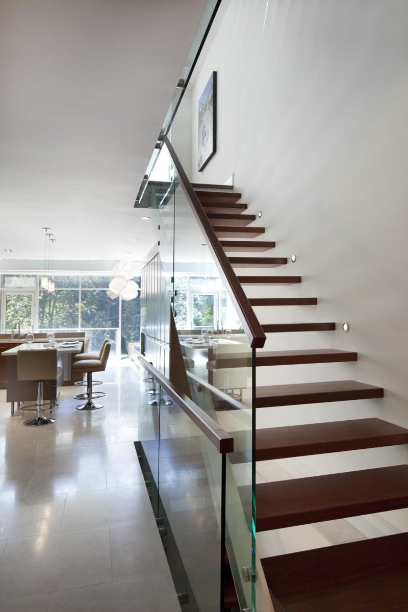 Лестница на входе своими руками 153