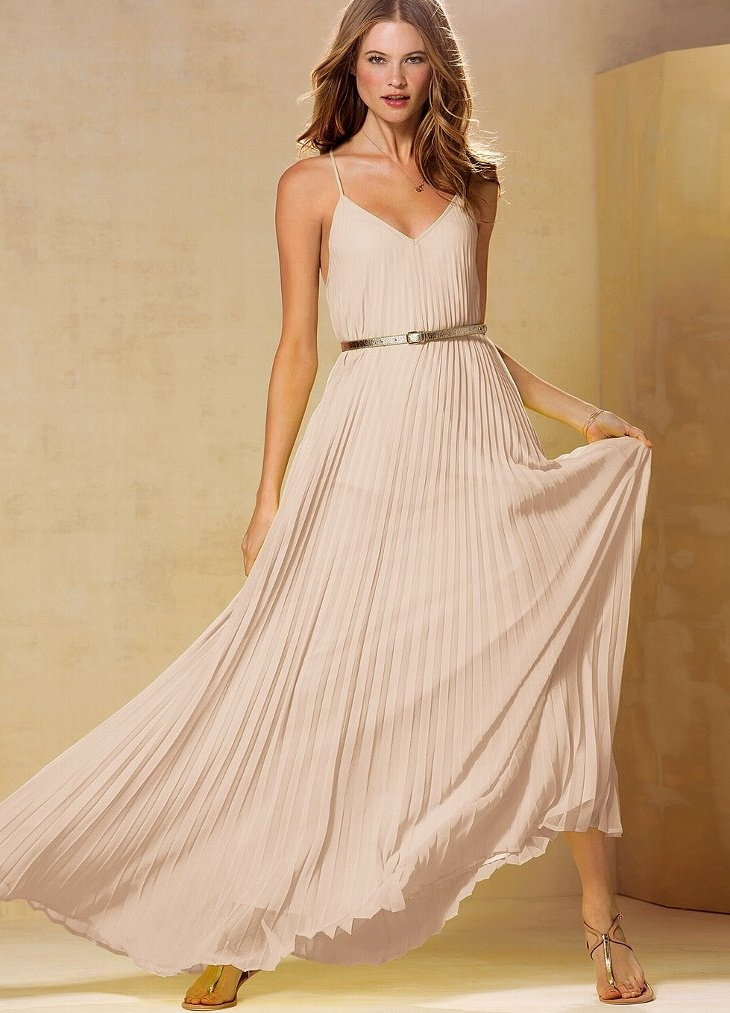 платья бежевого цвета фото: