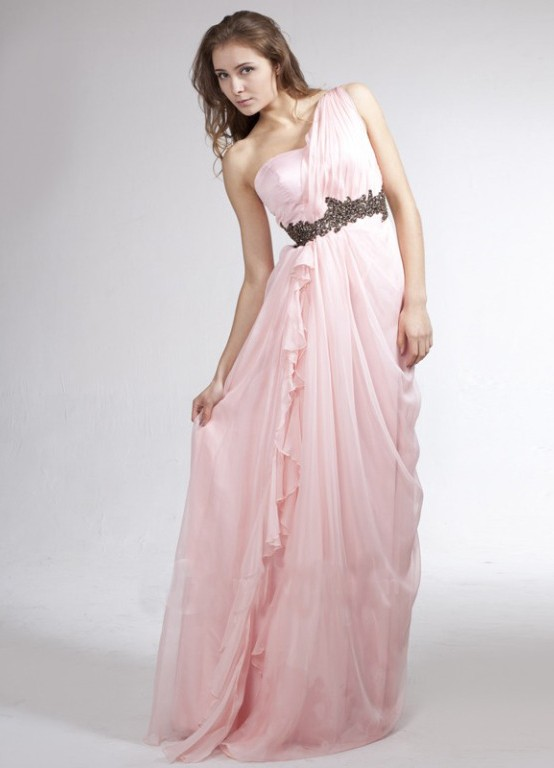 Платье светло розовое длинное