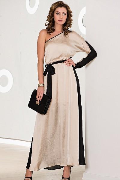 Длинное шелковое платье белое
