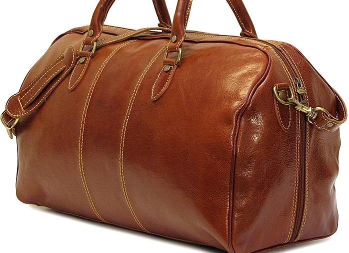 Новые дорожные сумки клопы закрытые чемоданы