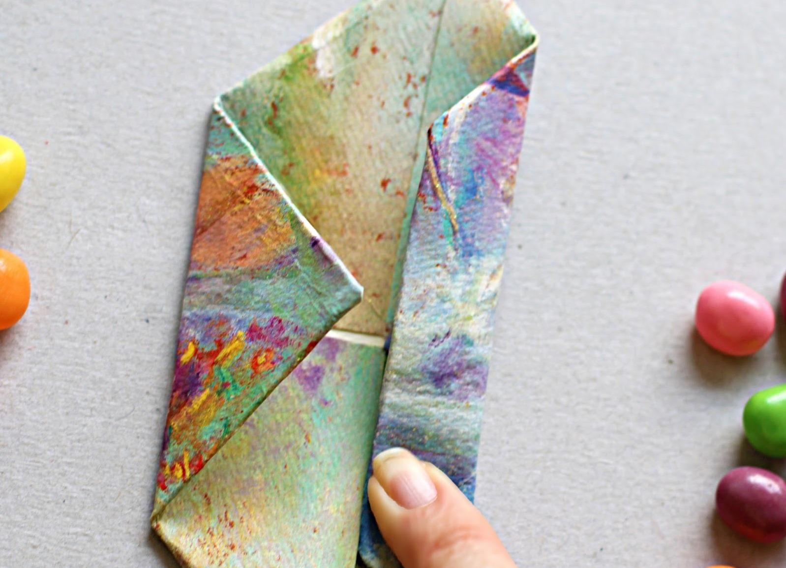 Цветы из бумаги своими руками. Подарок маме на 8 марта 76