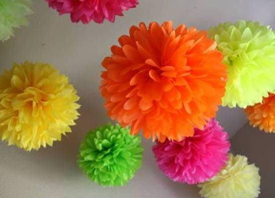 Как сделать из цветной бумаги цветы объемные
