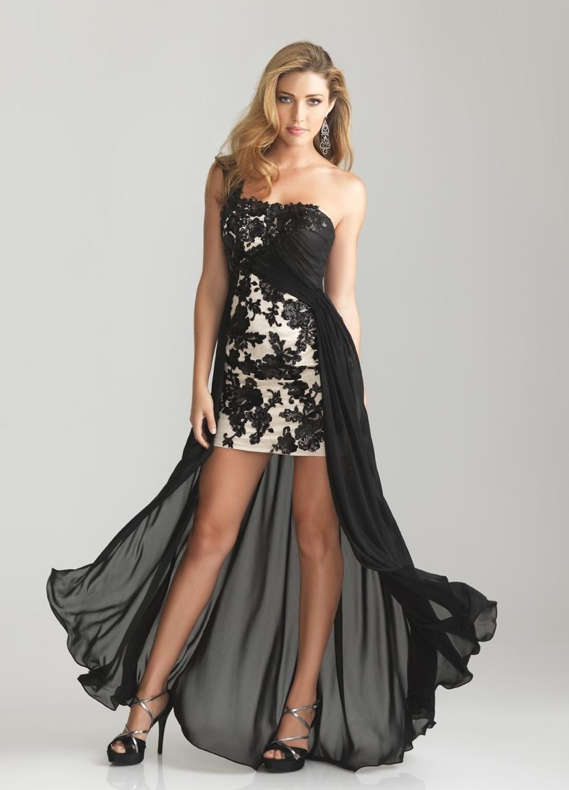 Эротика девушки в красивых платьях
