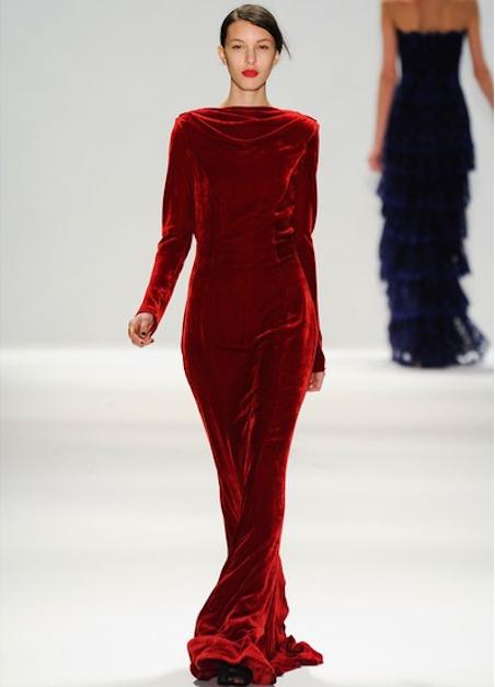Велюровое платье фасон
