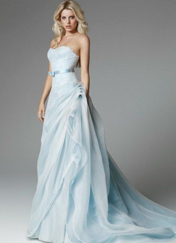 Платья голубого фото
