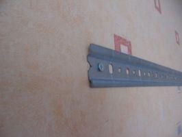 Как повесить кухонные шкафы на стену из гипсокартона6