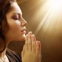 Сильная молитва о сохранении беременности