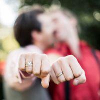 К чему снится обручальное кольцо незамужней девушке на пальце