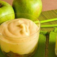 легкий десерт из яблок