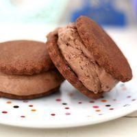 Как приготовить шоколадное мороженое в домашних условиях
