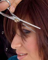 Как правильно стричь челку прямую