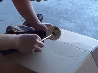 Как снять магнит с одежды23