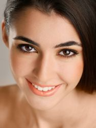 Як правильно зробити денний макіяж