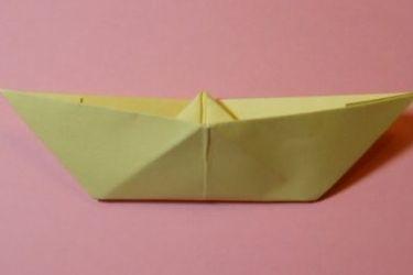 Как сложить кораблик из бумаги-12