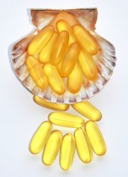 Рыбий жир и яйца содержат витамины