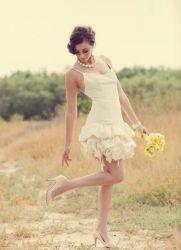 Прически под короткое платье