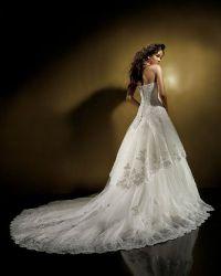 Пышны свадебные платья со шлейфом