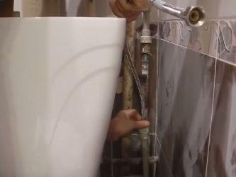 Как приклеить унитаз к керамической плитке