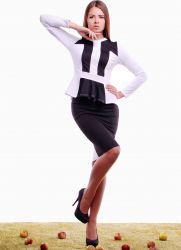 Женский костюм с юбкой 2015