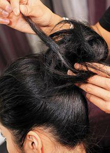 Пучок из коротких волос