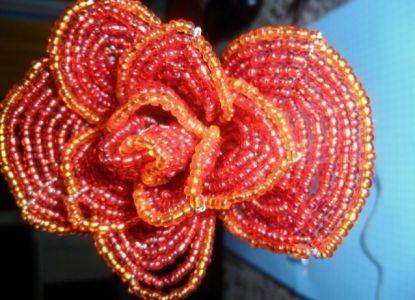 Цветы из бисера своими руками 15
