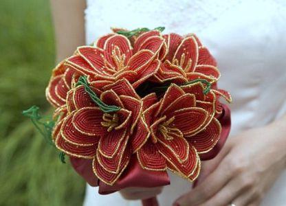 Цветы из бисера своими руками 17
