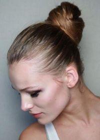 Прически с помощью бублика для волос