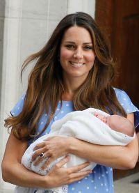 в январе появилась новость, что Кейт Миддлтон беременна третьим ребенком
