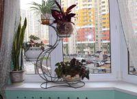 Полки для цветов на подоконник9