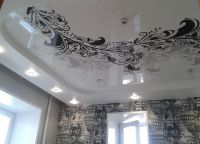 Черный натяжной потолок18