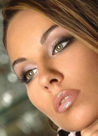 дневной макияж для каре зеленых глаз 7