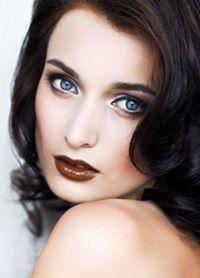 макияж с коричневой помадой 2