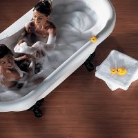водостойкий ламинат для ванной 1