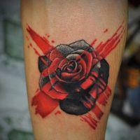 Что означает роза тату 8
