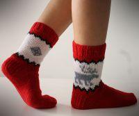 Вязаные спицами носки с узором 2