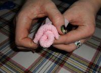 как сделать розу из салфетки11