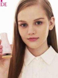 Дакота Роуз без макияжа 2