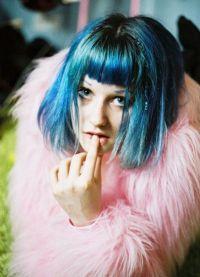 голубые волосы6