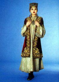казахская национальная одежда 2