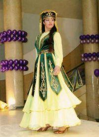 казахская национальная одежда 4