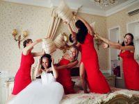 красное платье для подружки невесты 4