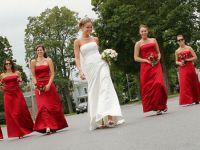 красное платье для подружки невесты 8
