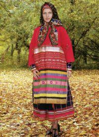 Русский женский народный костюм 10