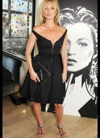 с чем носить черное платье без рукавов 10