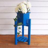 Напольная деревянная подставка под цветы4