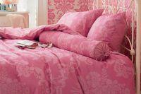 обои розового цвета для спальни 1