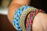 плетение браслетов из шнурков 1