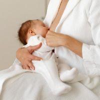 грудничок потеет при кормлении голова высокотехнологичных материалов дает